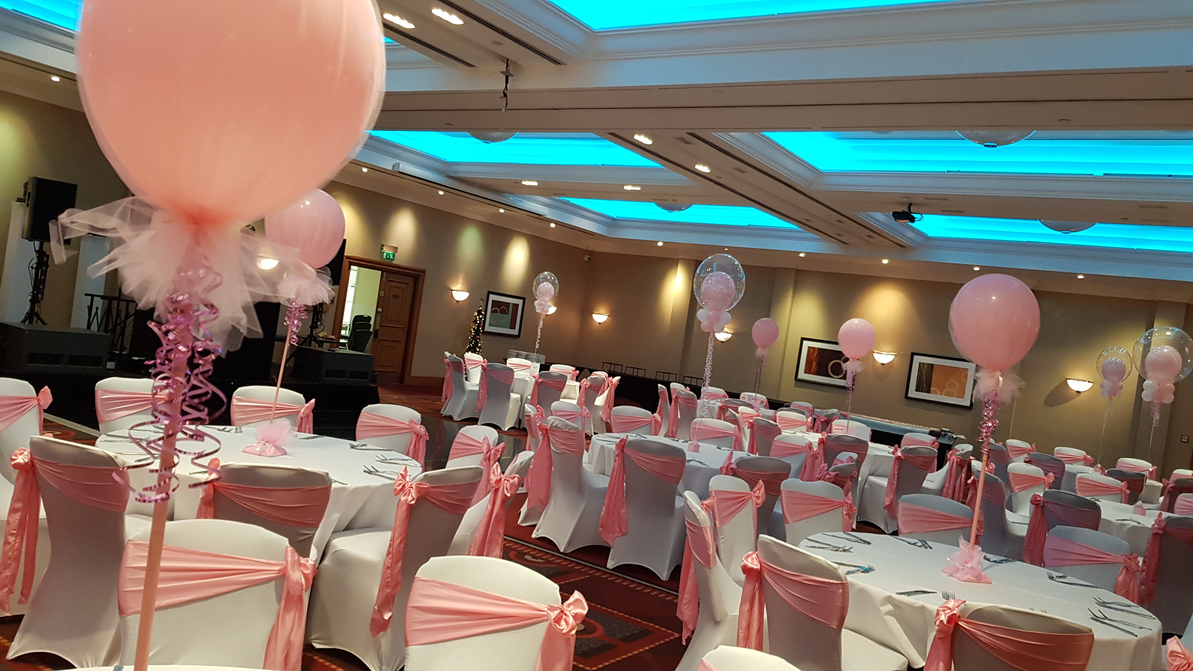 Bubble organza table decorations available from Cardiff Balloons