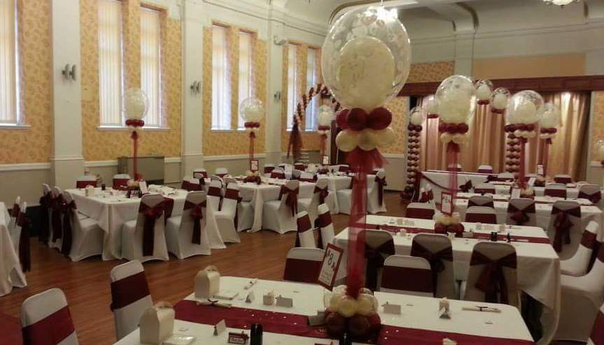 Double bubble table decorations available from Cardiff Balloons