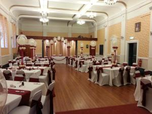 The whole room. All in Burgundy and Ivory by Cardiff Balloons