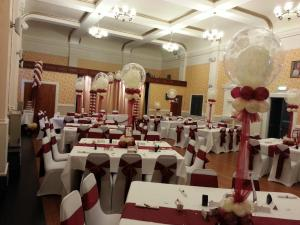 Wedding Balloons in A Rich Burgundy and Ivory By Cardiff Balloons
