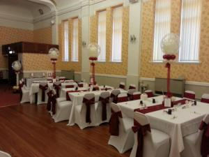 Wedding Balloons By Cardiff Balloons At Barry Masonic Hall