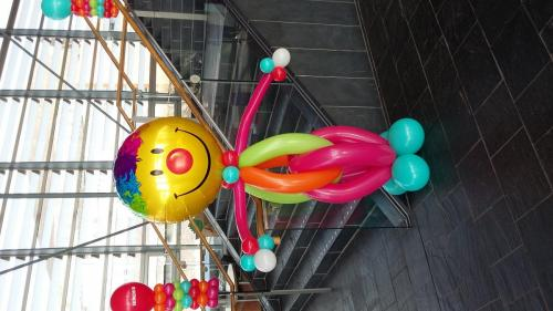 Giant Clown. #birthdayballoons #cardiffballoons