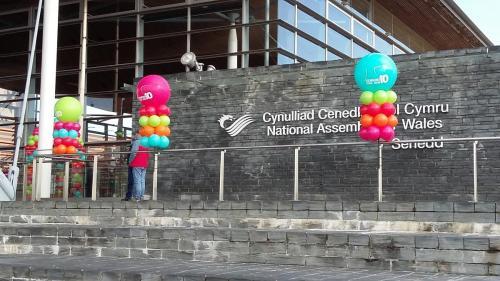 Giant printed balloons for #senydd10