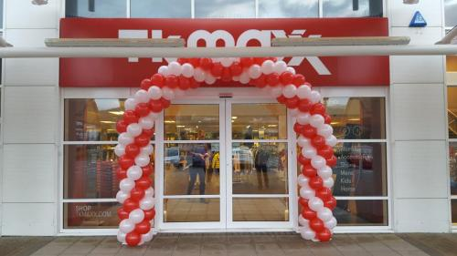 TK MAX Launch in Swansea. #corporateballoons