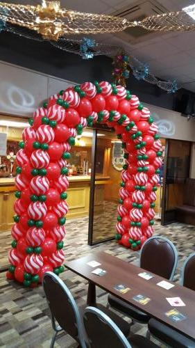 Linked Arch. Long Lasting Balloon Design By Cardiff Balloons