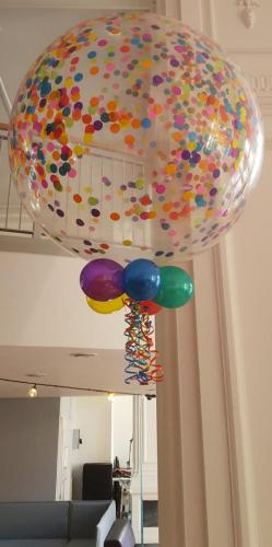 Giant 3' Confetti Balloon From Cardiff Balloons