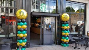 Starbucks open a new store in Cardiff with some corporate balloon decor