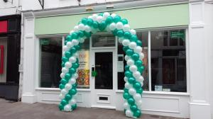 Specsavers Large Arch By Cardiff Balloons